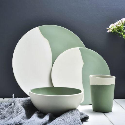 Popsicle Society Shop_Green & White Bamboo Fiber Dinnerware