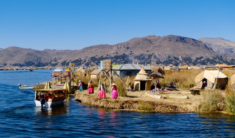 Islas Uros Lake Titicaca_Flickr_Popsicle Society