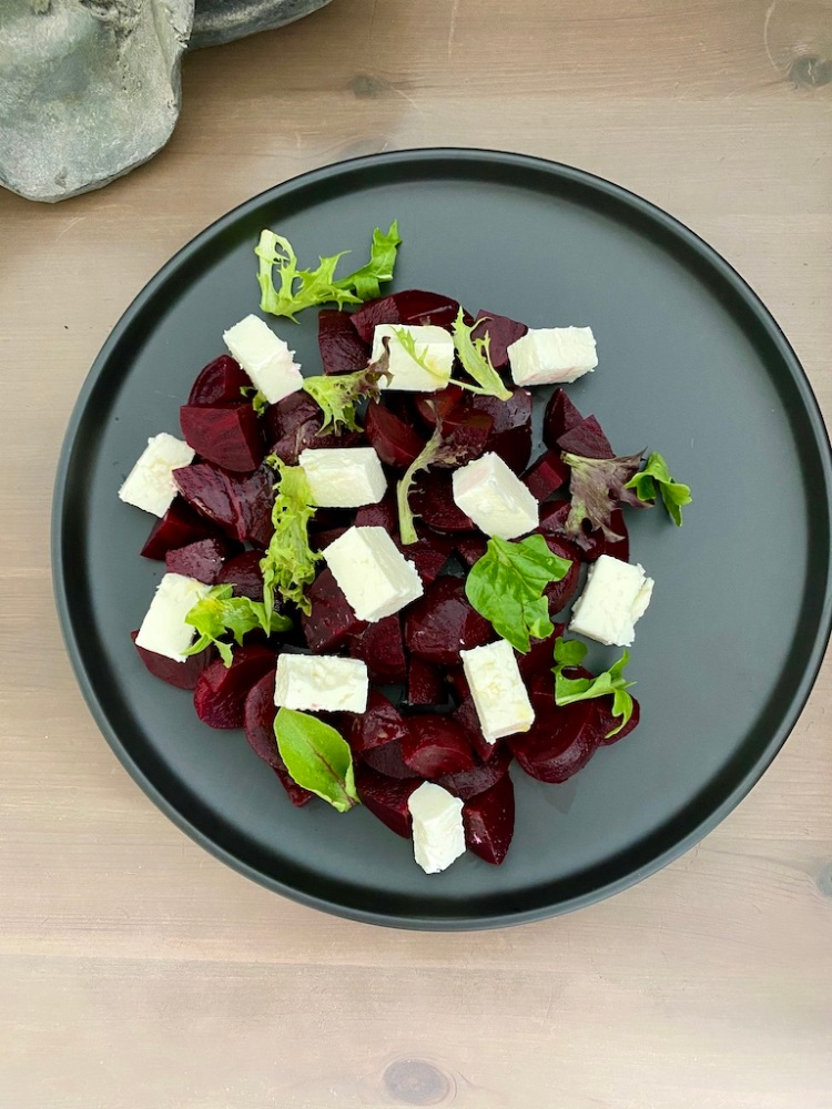 PopsicleSociety-Beetroot and feta cheese salad_5286