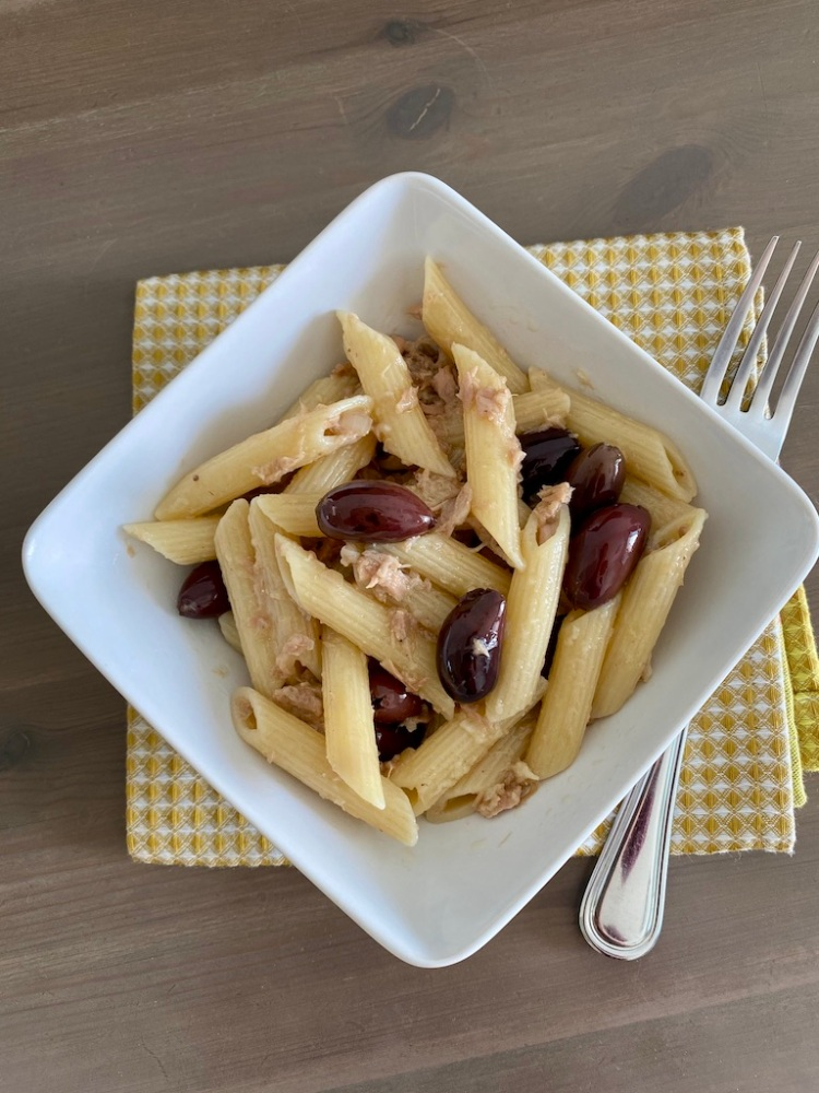 PopsicleSociety-penne with tuna and olives_6591